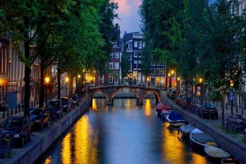 <荷兰展会6晚7日自助游>享自然风光,赠首晚酒店