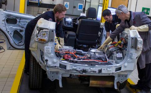 德國斯圖加特電動車及混合動力車展覽會Electric Hybrid Vehicle Tech