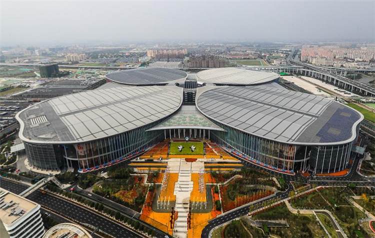 进博会带动效应显著,上海年度经贸展会面积超过1900万平米