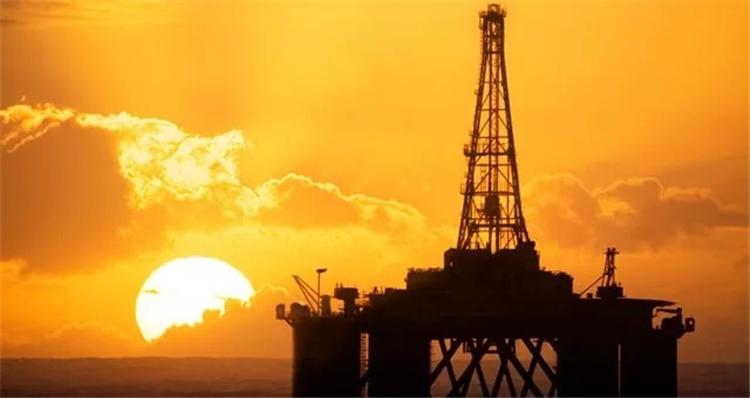 沙特对美国原油入口大幅下滑