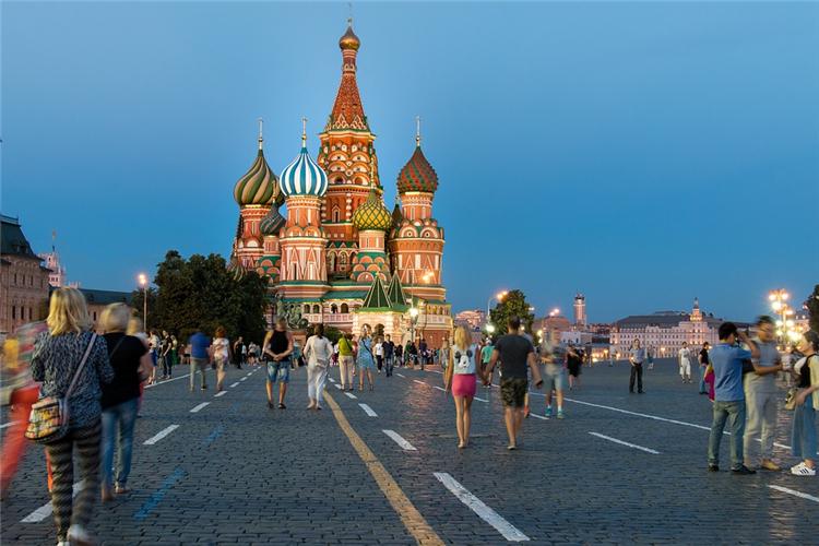 俄罗斯制功课增速加快,年内GDP增长有望超过预测