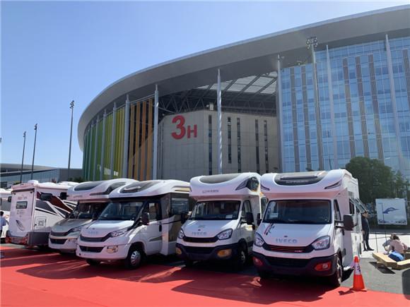 第十届上海房车展联合上海改装车展在国家会展中心开幕
