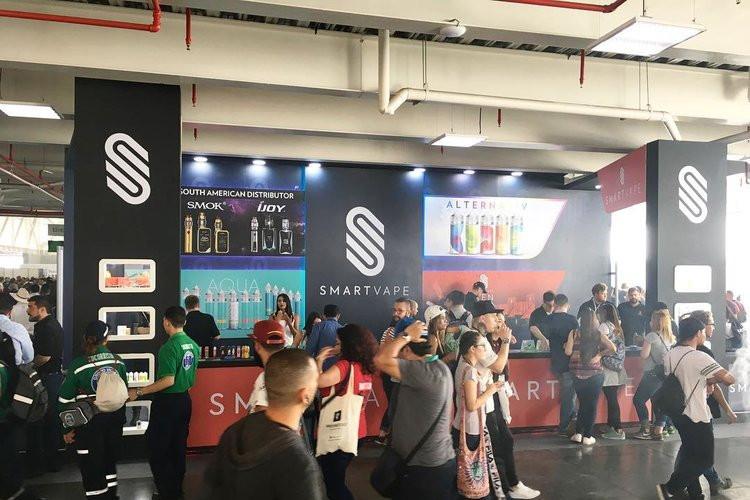 哥伦比亚麦德林电子烟展览会包括哪些展品?