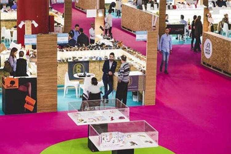 土耳其伊斯坦布尔鞋业及箱包展览会AYMOD