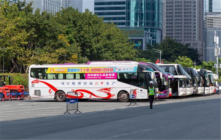 專業買家強勢來襲,深圳禮品展開啟采購之旅