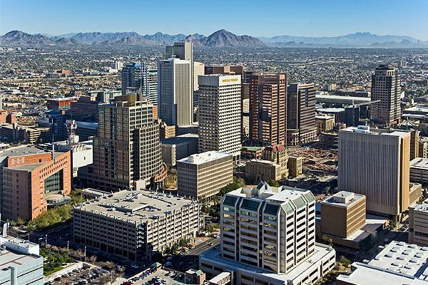 五角大楼取消5国及美国39州旅行限制令