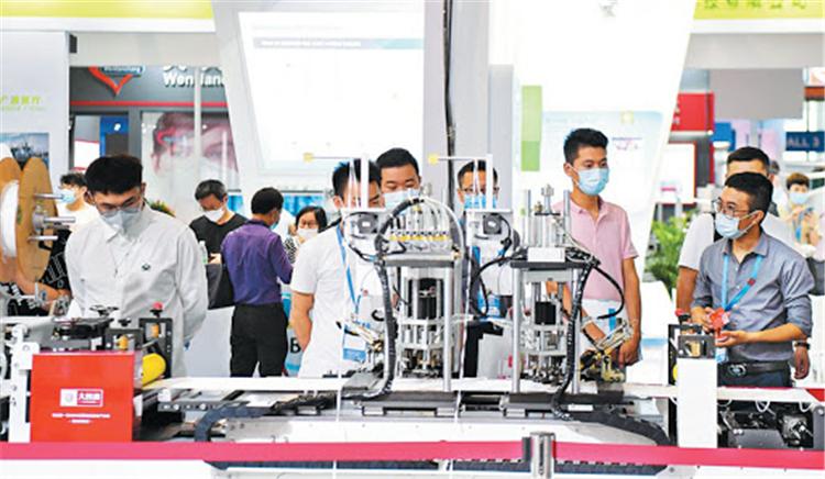 廣州防疫物資展開幕,600多家企業參展