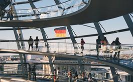 柏林将分阶段放宽会展活动场地人数限制