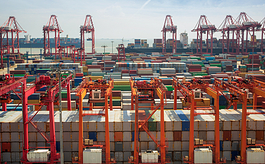 UNCTAD发布全球贸易季度更新报告,分析:难言乐观